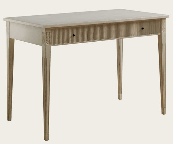 Gus071A 5A – Writing desk with ribbed drawer