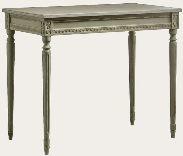 Gus102 7A – Table with carving