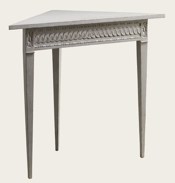 Gus114 8A – Corner table