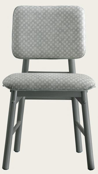 Mid010 J – Junior chair with upholstered back