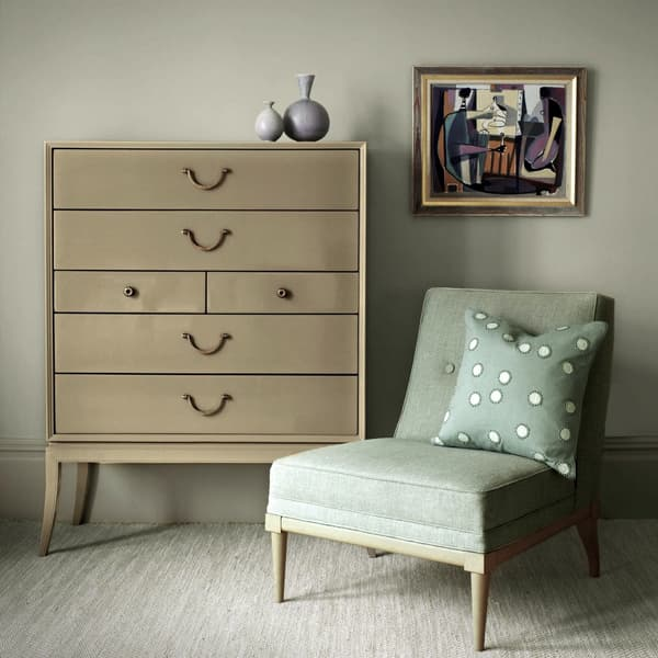 MID040 Lifestyle – Large chest of drawers