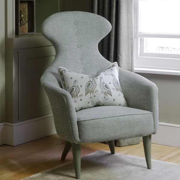 Ct15 073A – Armchair with high back