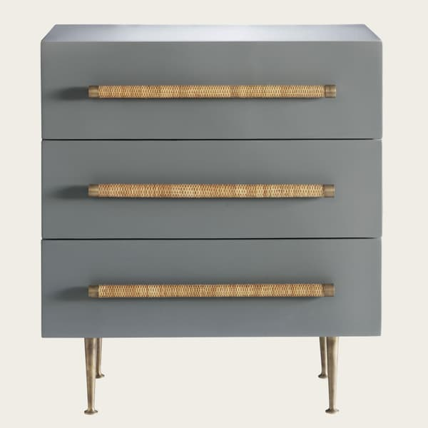 Ct26 17 – Small chest of drawers with wicker handles