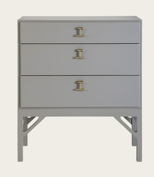 Mid053A 19 – Bedside table with T-bar handles