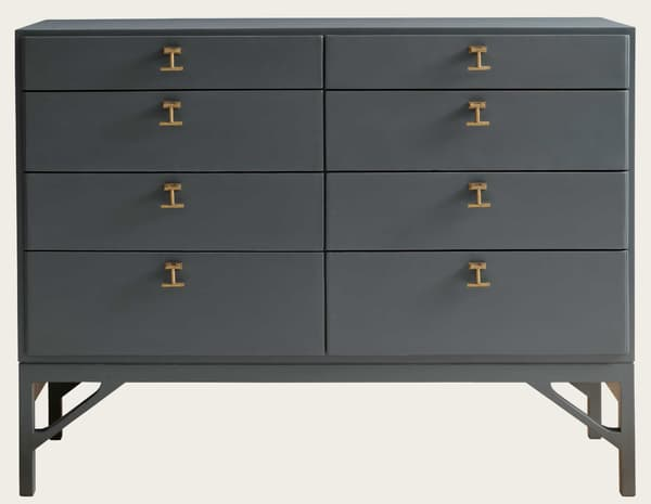 Mid054 18 – Large chest of drawers with T-bar handles