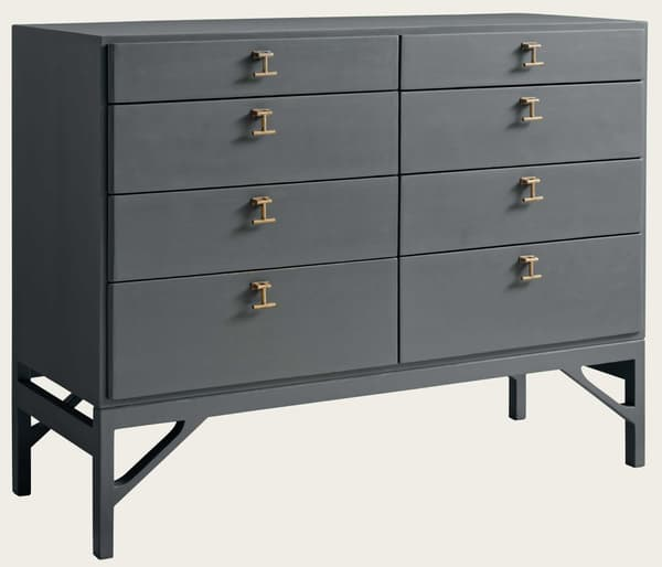 Mid054 18A – Large chest of drawers with T-bar handles