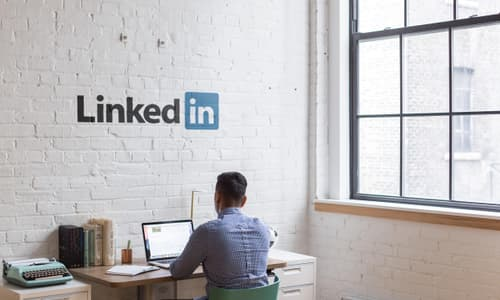 10 Ways to Optimize a Marketers Linked In Profile