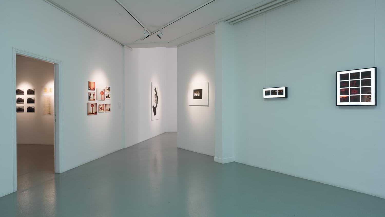 Exhibitions-Made-In-Tashkeel-2014-Installation-View-Tashkeel-L1007605