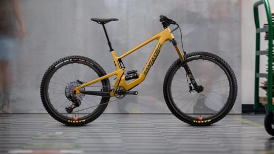 Santa Cruz Bronson CC 2022 7