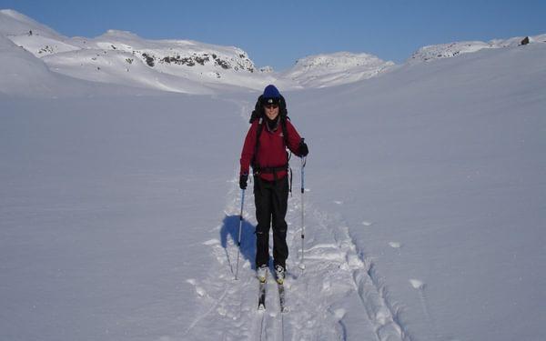 Skiing Across The Hardangervidda