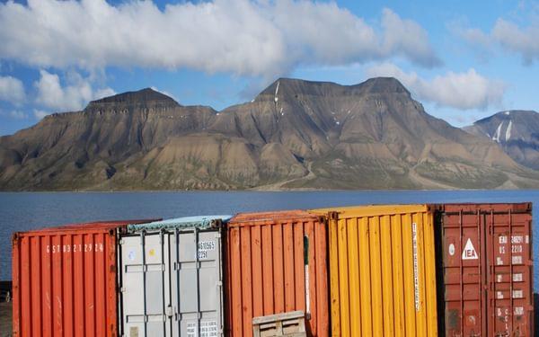 Fig 3  Longyearbyen Harbour