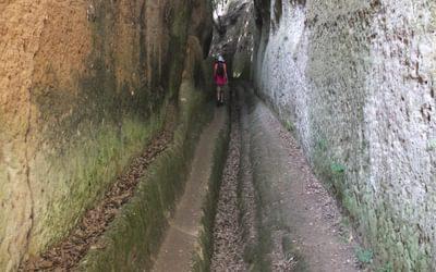 9 Walking In The Via Cava San Giuseppe