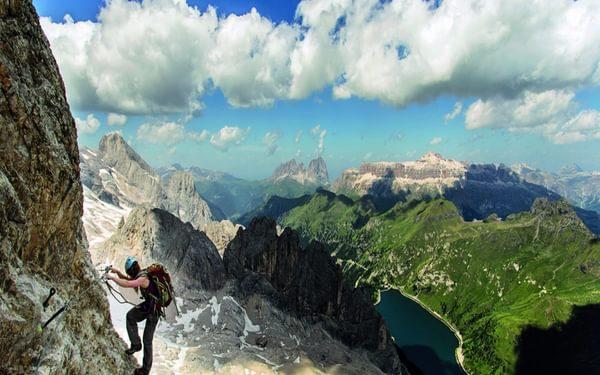 019 Superb Views Over To Sassolungo The Sella And Lago Fedaia