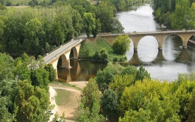 The confluence of the Dordogne and Vézère rivers