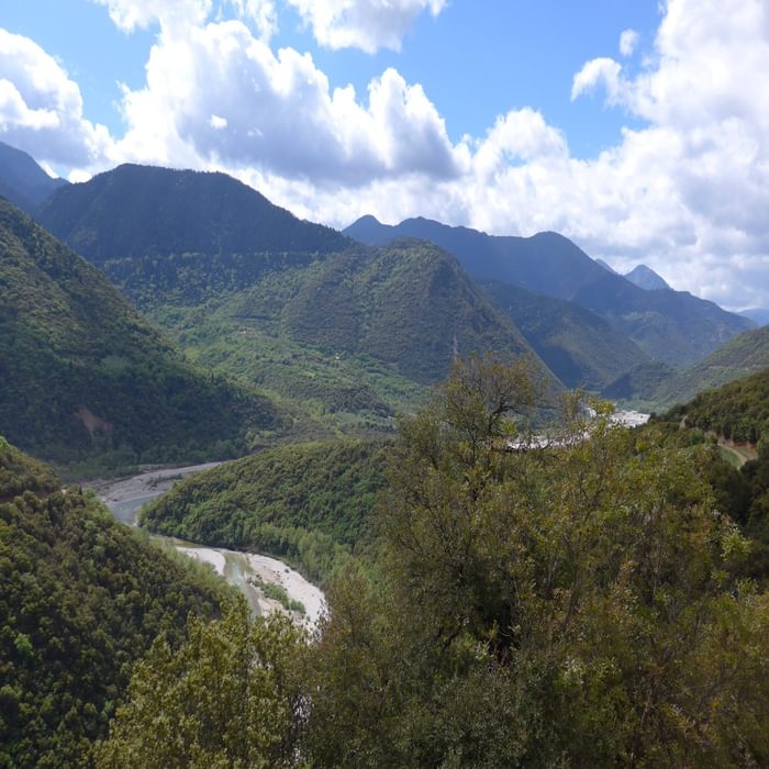 006 Megdhovas River Valley