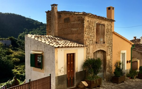6 Houses In Estellencs