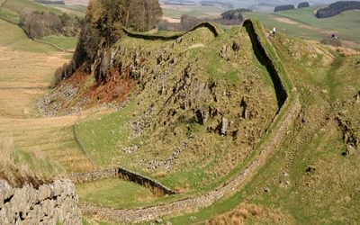 9 Hadrians Wall Follows The Crest Of The Great Whin Sills Undulating Ridge