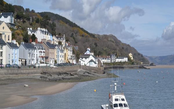 Aberdyfi is just one of the attractive settlements along Cardigan Bay