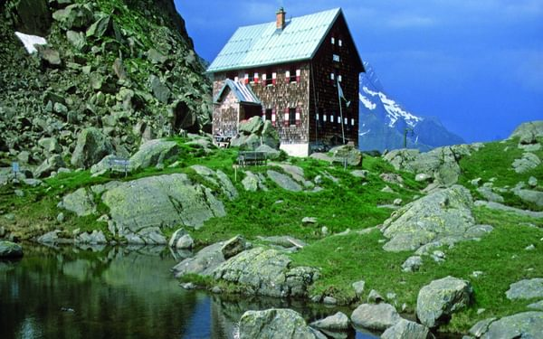 The Bremer Hut sits in a tranquil location