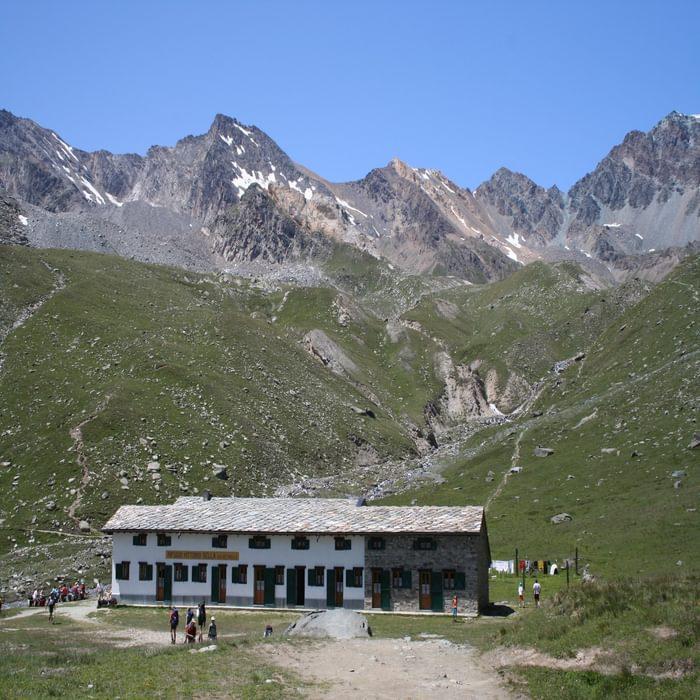 7 Rifugio Vittorio Sella