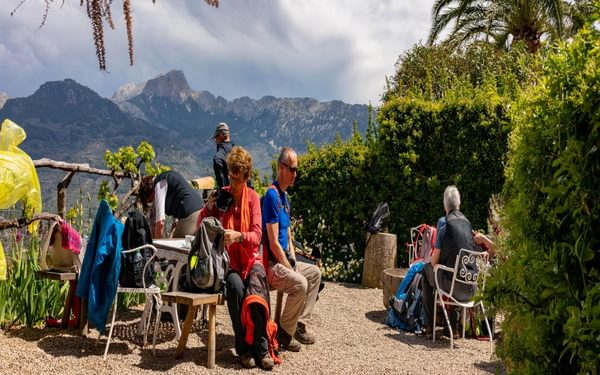 Lunch Stop At The Well Sited Son Mico Refreshment Stop Above Soller Mallorcas Walking Capital