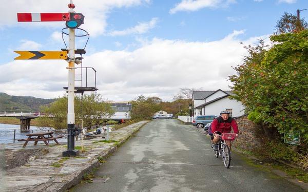 Cyclists on the Mawddach Trail near Penmaenpool
