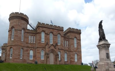 Inverness Castle and statue of Flora MacDonald