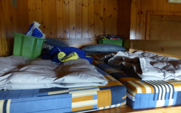 A typical mountain refuge bed