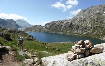 James leads on towards Refugio de Colomina