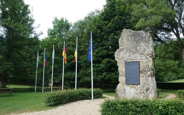 Monument commemorating signature of the Treaty of Rome (1957)