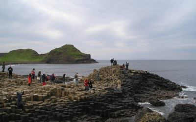Walk 1 06 The Giants' Causeway with tourists