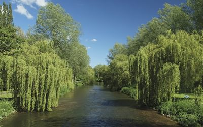 The River Kennet near Hampstead Lock