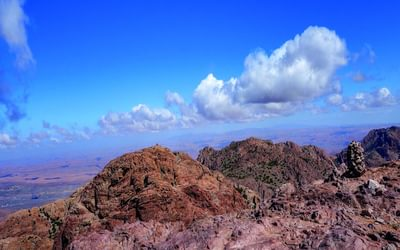 The summit of Jebel el Kest; the Sahara is not far away to the south
