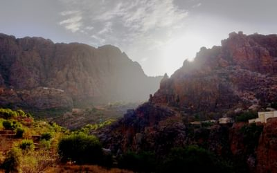 Evening sunlight on the walls of Jebel Tikwyene