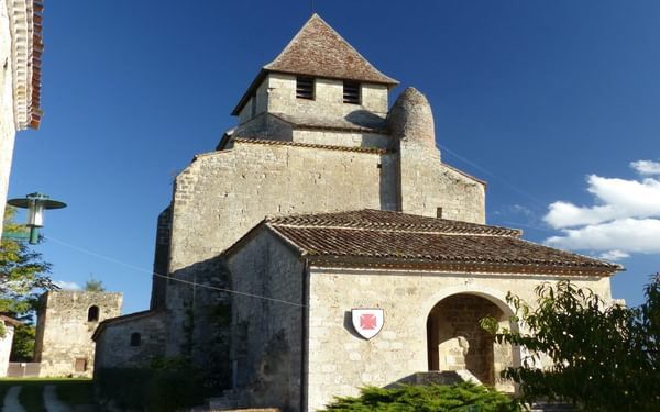 13 The hillside church in Clermont-Dessous