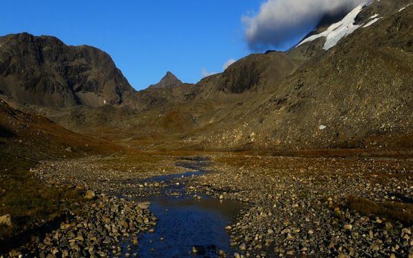 4 Mountain passes between Storelvvatnet and Sorjoshytta