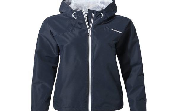 Toscana A fusion of sleek, contemporary styling with uncompromising AquaDry Membrane wet-weather performance makes it a smart choice for this season's changeable conditions.