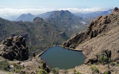 High above Cruz Grande, looking down on a little reservoir