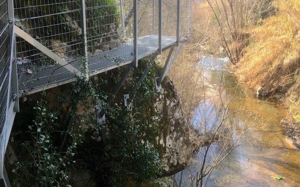 Walkway on the river Genal