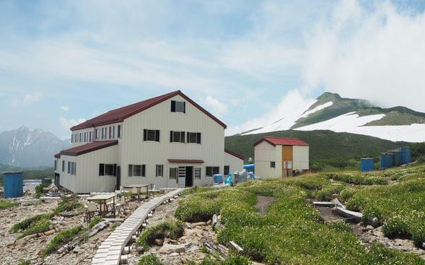 J11 Mountain hut at Goshiki-ga-hara