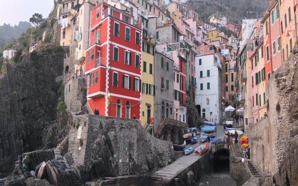 2 Riomaggiore Has A Tiny Harbour