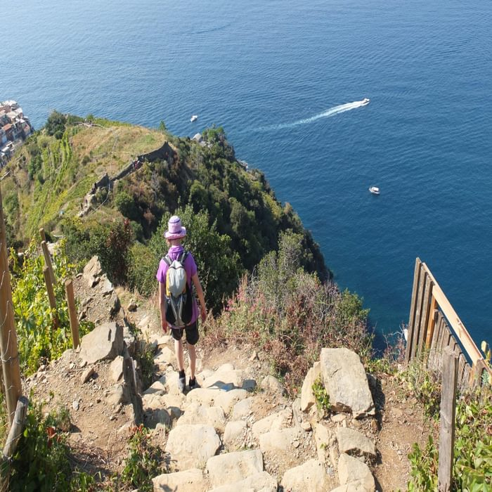 20 On The Short Circuit Above Manarola