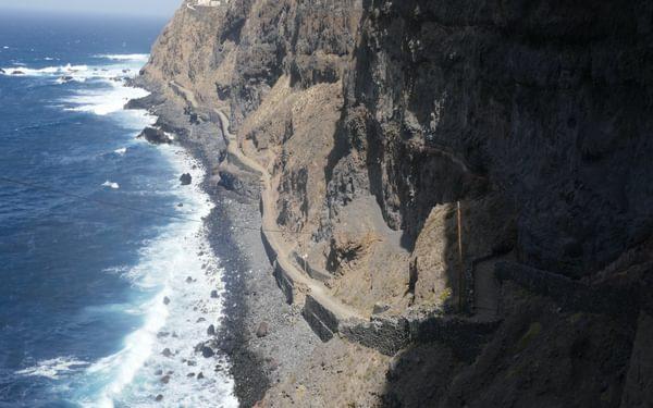 4-17 The coastal footpath between Porta do Sol and Cruzinha is cut into sea cliffs of volcanic rock