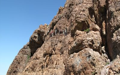 6  Complex Route Finding High On Jebel El Kest