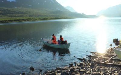 Setting off on the lake crossing at Teusajaure