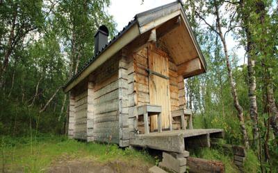 The (riverside) self-service bastu at Rävfalls