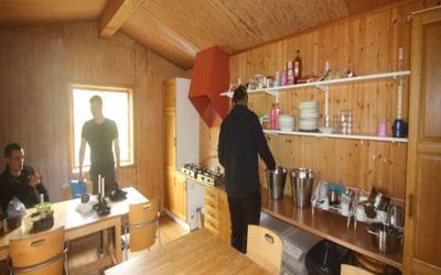 Inside the dedicated tältservicestuga at Abiskojaure
