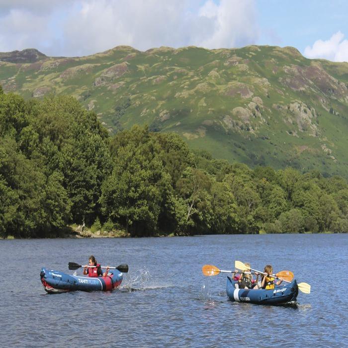 Children canoeing