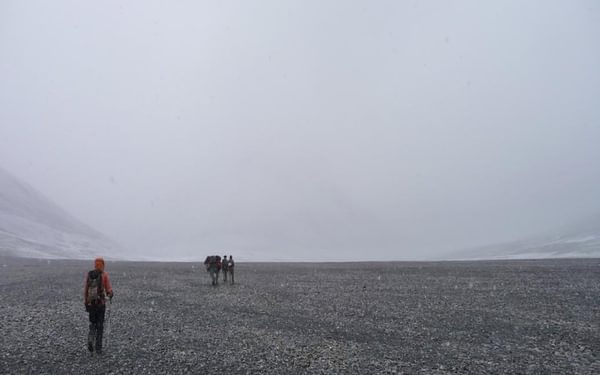 Empty river bed: on our way to the highest pass of the trek, Shpodkis Uween (4905m)