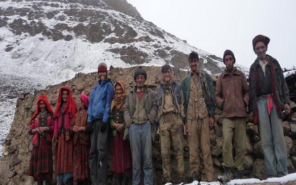 Spot the tourist: visiting Safdar's settlement